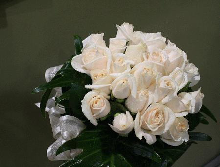 bridal bouquet roses