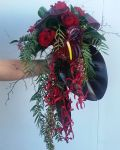 red_wedding_bouquet.jpg