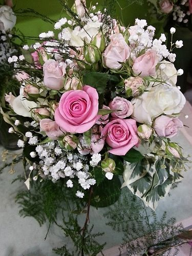 Mixed Rose Brides Bouquet In Pink And White